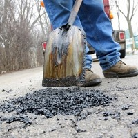 Council seeks pothole-free warranty