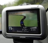 Satnav puts driver on cliff edge