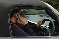 Mobile phone users 'less aware'