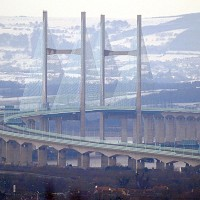 Call to cut tolls on Severn bridges