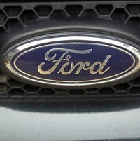 Ford launches inflatable seat belt