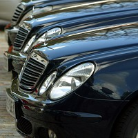 Thieves target Mercedes-benz cars
