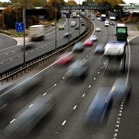 Warning over car stopping distances