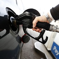 Average diesel price drops 5p a litre