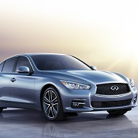 Infiniti Q50 previewed in Reading
