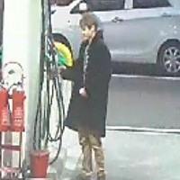 Petrol station fire suspect sought