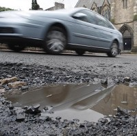 Drivers 'forced to dodge potholes'