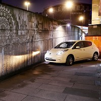 Electric vehicle powers subway art