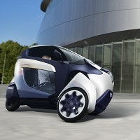 Toyota unveils new i-ROAD vehicle