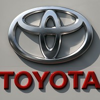 Toyota recalls 7.4m cars worldwide