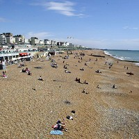 English areas 'hotter than Barcelona'