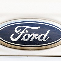 Green award for Ford Mondeo hybrid