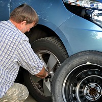 Illegal tyres 'dangerously common'