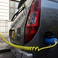 Heathrow Airport pledges more EV plug-in points