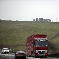 Experts gauging Stonehenge tunnel plan