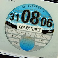 Paper tax discs to be cut in 2014