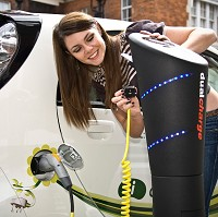 Electric vehicles 'fail to spark'