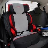 Child car seats 'fitted unsafely'