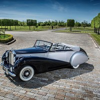 Rolls Royce celebrates new Dawn