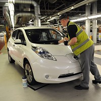 Nissan Leaf hits 3,000 UK sales