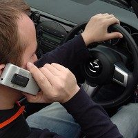 Rise in crashes involving mobile phones