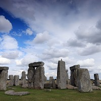 Fresh call for Stonehenge tunnel