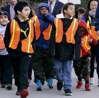 Giant Walk to promote road safety