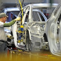 UK auto needs more skilled workers