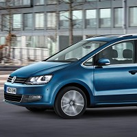 VW starts orders for new Sharan