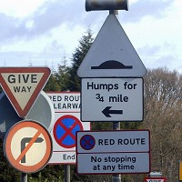Government to remove 'useless' traffic signs
