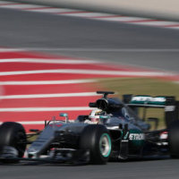 F1 technology 'could cut motoring costs'