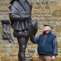 Shakespeare statue 'a road safety risk'