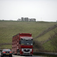 Stonehenge tunnel 'should be beneficial'